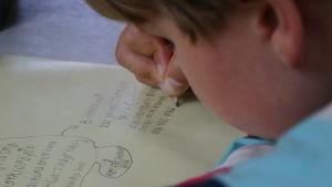 Ordkonstläger i Sibbo väcker kreativitet och fantasi hos barnen