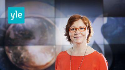 Heidi Finnilä är programledare för Obs debatt, Svenska Yle