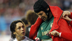 Petr Cech skadade sig mot Atletico Madrid.