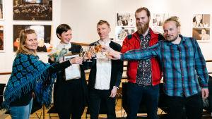 Shortdoxin finalistit Anu Jumppanen (vas), Nanna Hauge Kristensen, Jon Jordås, Christer Sev ja Sondre Holen