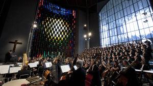 Benjamin Brittenin War Requiemin esitys Coventryn katedraalissa