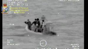 Bild från räddningsoperationen den 19 april.