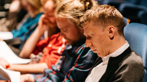 Shortdoxin finalistit Jon Jordås (etualalla), Christer Sev ja Sondre Holen