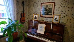 The piano at the Sibelius birth home
