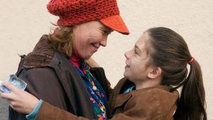 Susanna Alakosken romaaniin perustuva elokuva nuoren naisen dramaattisesta lapsuudesta, torjutusta menneisyydestä ja sovinnosta.