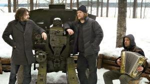 Suomalais-venäläinen dokumenttielokuva talvisodasta. Juontajina Ville Haapasalo ja Sergei Shnurov.