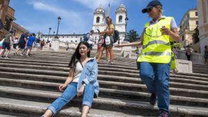 Ingen får längre sitta på Spanska trappan i Rom