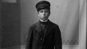 Porträtt av Jonas Jauckens.