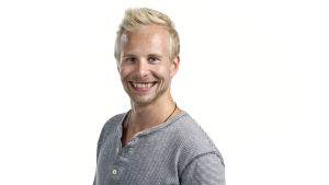 En man som heter Johan Lindholm.