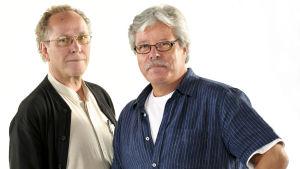 Radioateljeen tuottaja Harri Huhtamäki (vas.) ja äänisuunnittelija Pekka Lappi.
