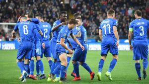 Italien gick upp i en tidig 1–0 ledning i Udine.