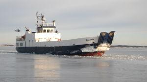 Förbindelsebåten Satava