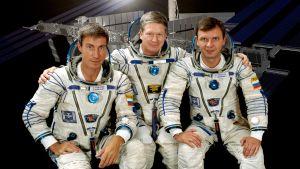 Den första besättningen ombord på Internationella rymdstationen.