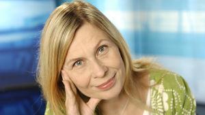 Kirjailija Laura Ruohonen