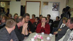 Över 40 deltagare på mötet i Österby.