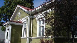 Axxells skolhus i Ekenäs.