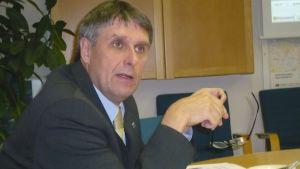 Kommundirektör Juha-Pekka Isotupa i Sjundeå