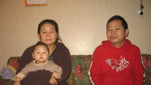 Eh Htoo och Preh Reh med sonen Htoo Wah