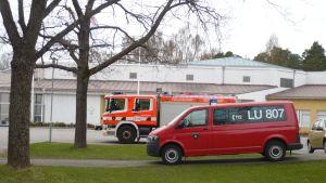 Karis tillfälliga brandstation finns vid tidigare yrkesskolan i Pumpviken.