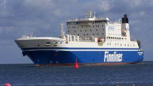 M/S Finntrader