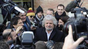 Beppo Grillo har vind i seglen.