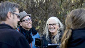 Jane Campion och fotografen Adam Arkapaw vid inspelningen av Top of the Lake.