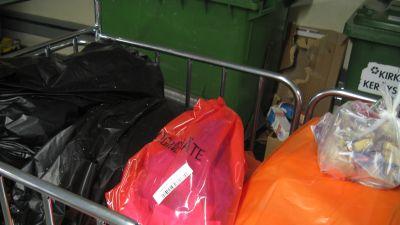 HNS satsar på att noggrant sortera sitt avfall. Bild: YLE/Smältpunkt/Linda Grönqvist