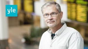 Axel Rappe arbetar för Svenska Yle