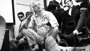 Bertrand Tavernier Sodankylän elokuvajuhlilla 1986. Taustalla mm. Jonathan Demme