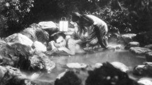 Ugetsu - kalpean kuun tarinoita, ohjaus Kenji Mizoguchi.