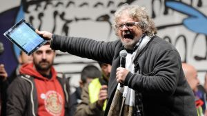 Femstjärnerörelsens ledare Beppe Grillo under valkampanjen inför det italienska parlamentsvalet i februari 2013.