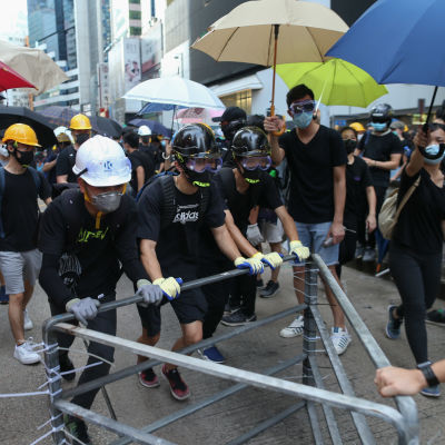 Massprotest i centrala Hongkong söndag 28.7.2019