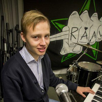 Niklas Haapalainen frän tv-serien Studieliv.