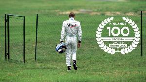 Mika Häkkinen, med logon för Finlands 100 största idrottsögonblick.
