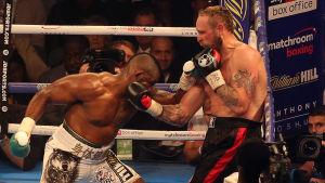Robert Helenius boxas mot Dillian Whyte.