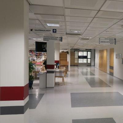 Forssan sairaalan odotustila.