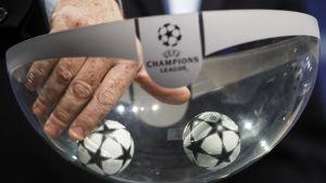Champions League-lottningen dramatisk som vanligt.
