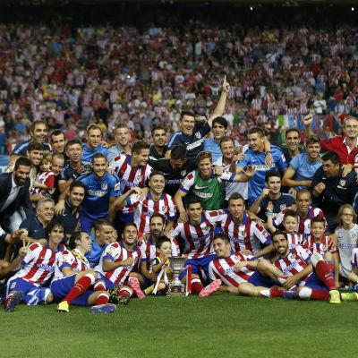Atletico Madrid vann den spanska supercupen 2014-2015.