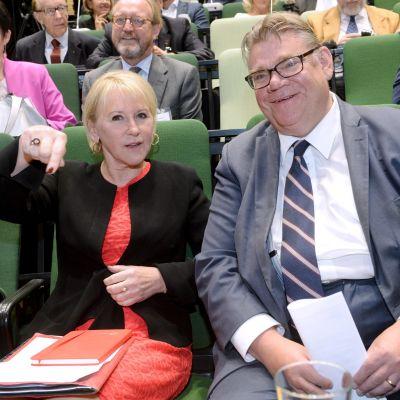 Margot Wallström, Timo Soini.