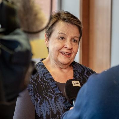 Sosiaali- ja terveysministeriön kansliapäällikkö Kirsi Varhila.
