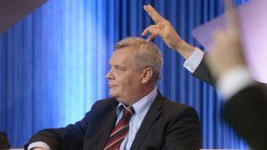 SDP:s ordförande Antti Rinne i MTV:s valdebatt den 13 maj 2014.