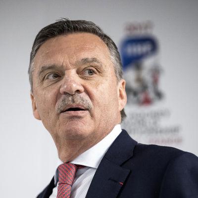 René Fasel.