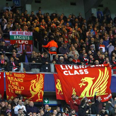 Liverpoolfans på plats i Genk.