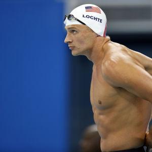 Ryan Lochte ser fokuserad ut inför heaten på 200 meter medley i Rio.