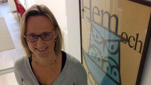 Micaela Romantschuk är verksamhetsledare för Hem och skola