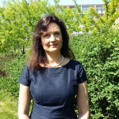 Tirsa Forssell är direktör vid Migri. Hon är jurist till utbildningen.