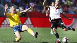 Svenska landslagets Nilla Fischer vill inte OS-kvala på konstgräs.