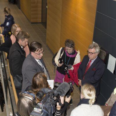 Ilja Janitskinin asianajaja Matti Nurmela Helsingin käräjäoikeudessa 6. lokakuuta 2016.