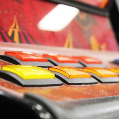 En dammig spelautomat.