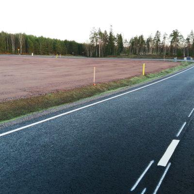 Nya tomter på företagsområdet Ingåport som väntar på att byggas.